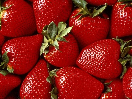 """Les """"fameuses"""" envies des femmes enceintes M-fraises"""