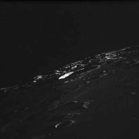 Info ou intox: Etranges structures et phénomènes sur la Lune As8132347_jpg