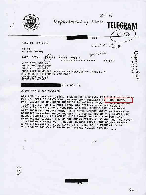 """CIA: DIA (Defense Intelligence Agency) des morceaux de """"satellite"""" Moon_dust1_jpg"""