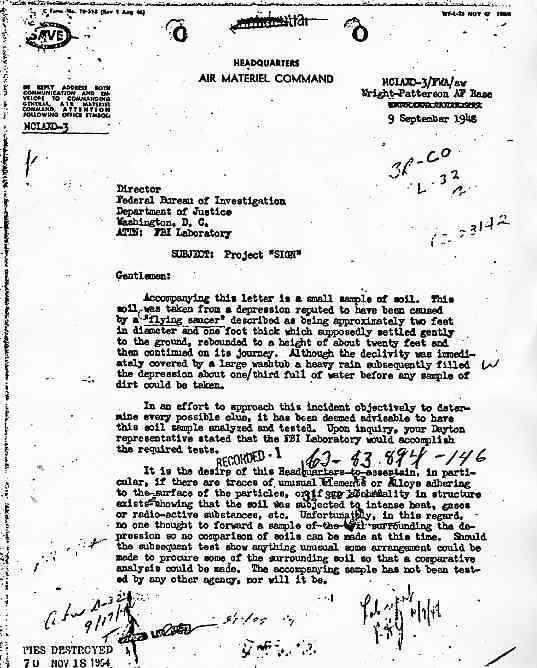 """(1948) FBI les OVNIs peuvent laisser des traces au sol par """"Air Materiel Command"""" Sign1_jpg"""