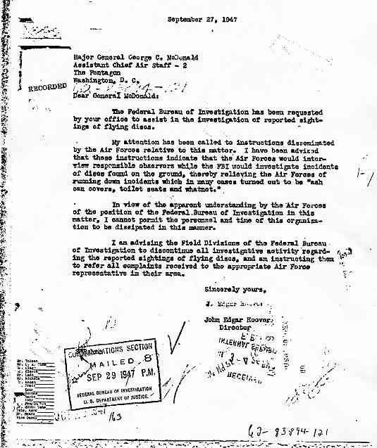 FBI Comment et pourquoi le FBI arrêta ses enquêtes sur les disques volants Reponse_hoover_jpg