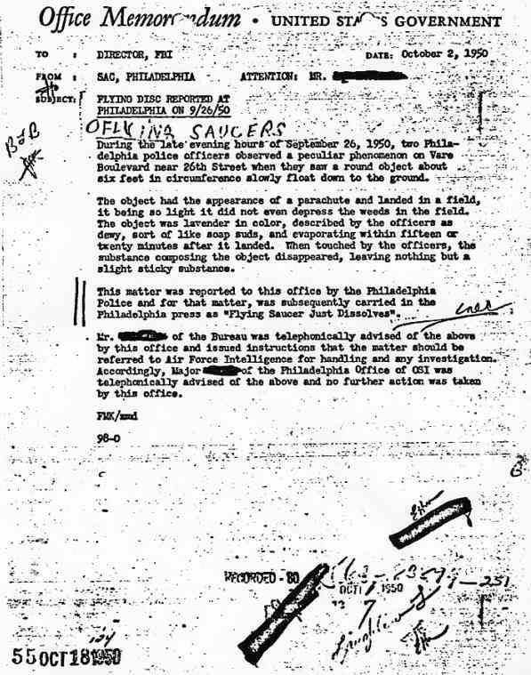 (1996) des Officiers de Police observent des ovnis à Philadelphie en 1950 et à Vilnius Philadelphie_jpg