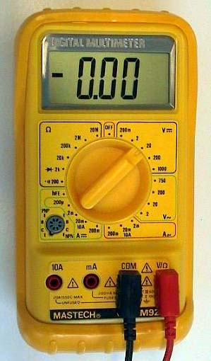 Chargement de batterie: besoin d'avis svp ! Voltmetre