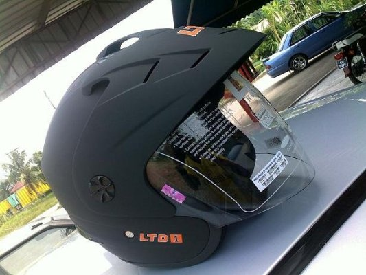 Helmet dan Apparel Yang Selesa Untuk  Anda dan Pillion?????? 396579717