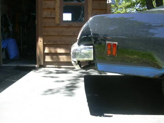 Sucking in the bumpers.  76 bu. 326889491