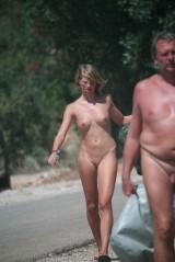 Spy young nude girls in beach 1053291-thumb