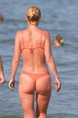 Spy young nude girls in beach 1053338-thumb