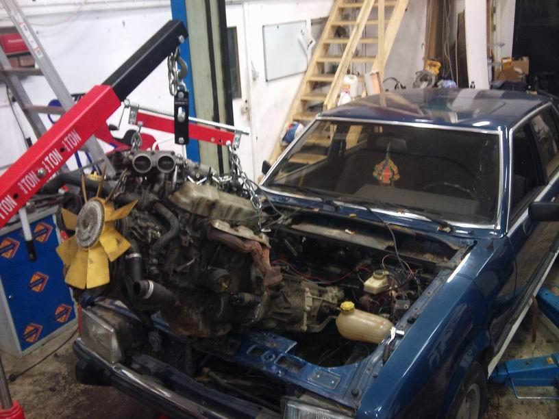 "Grey - Ford Granada ""Dunderklumpen"" (Ny Turbo!) Motorlyft"
