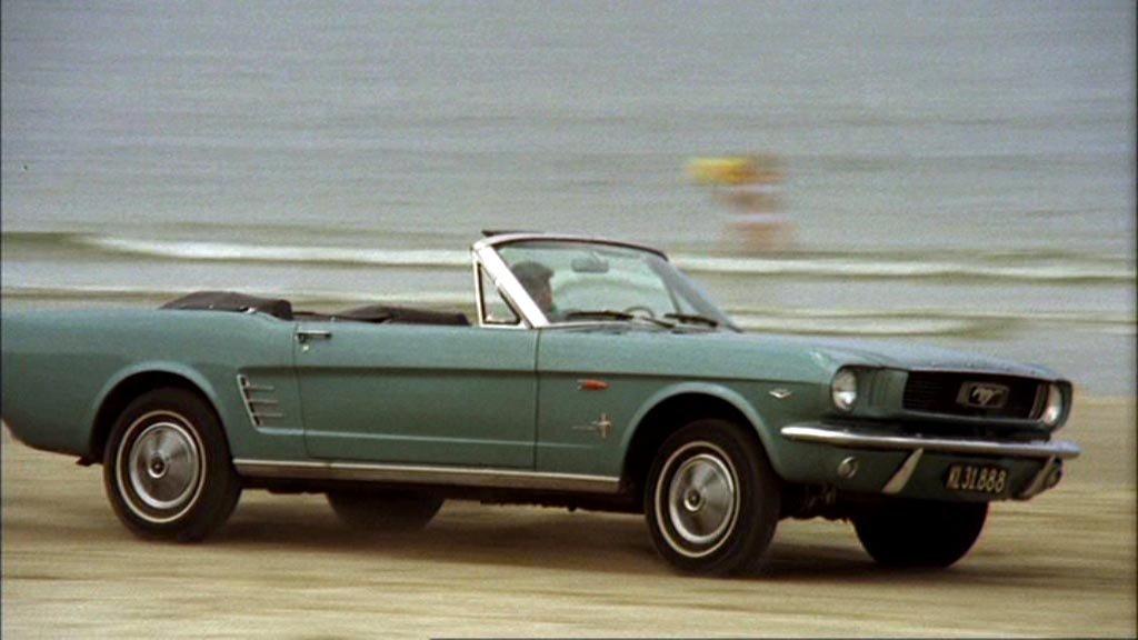 Gamle Danmark. 242959-Ford_Mustang_65_1_4
