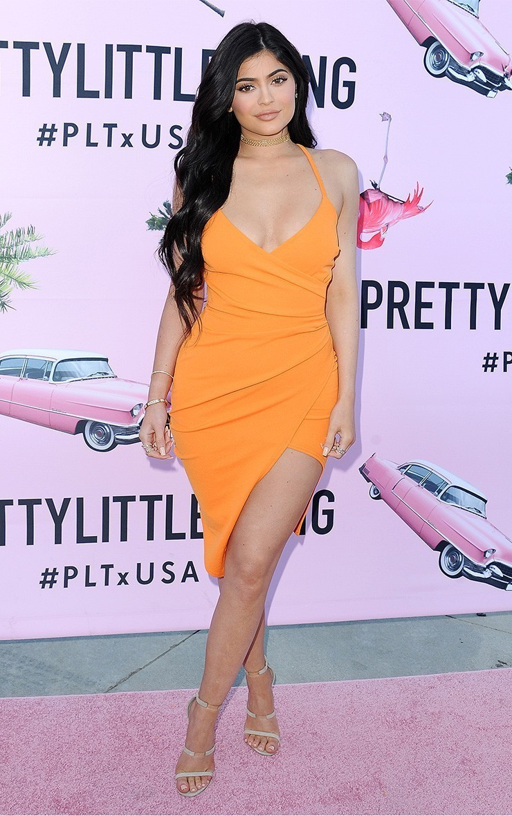 ¿Cuánto mide Kylie Jenner? - Altura - Real height Epmids-i