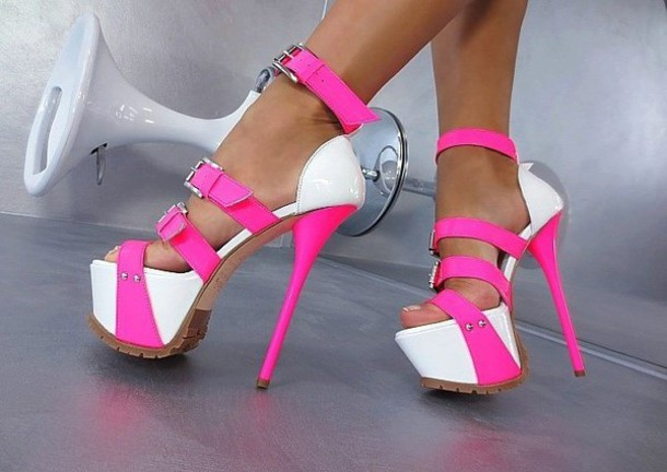 Incaltaminte - Page 29 G8jef9-l-610x610-shoes-pink-white-heels-straps-buckles-clothes-bloggers