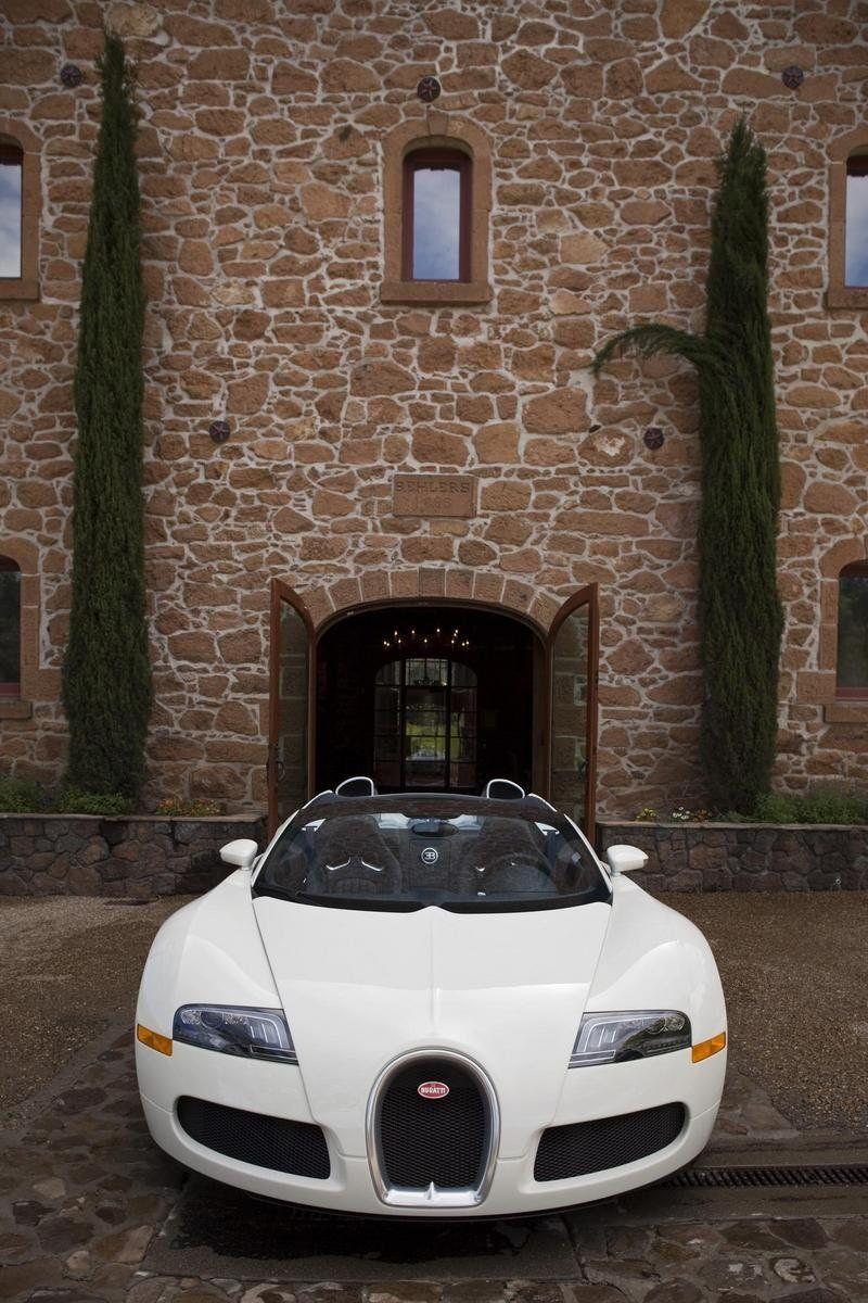 أغلى 10 سيارات في العالم 2009-bugatti-veyron-16-4--17_800x0w