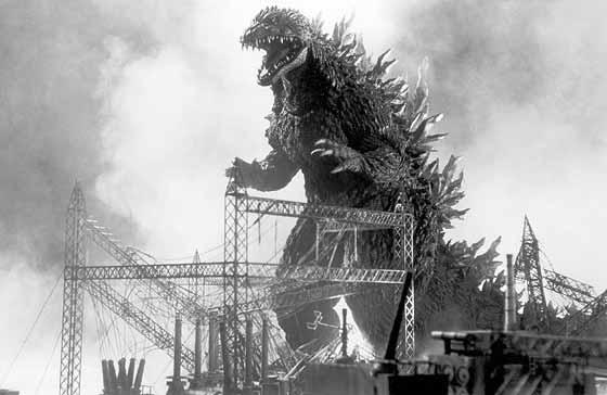 mes reviews TF  et autres by corsaire - Page 5 Godzilla1