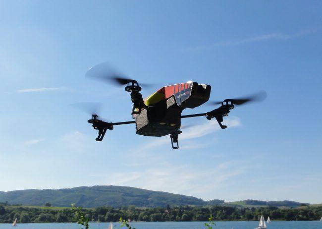 100 000 drones ont été achetés en France en 2014-Aujourd'hui l'utilité des drones n'est plus à démontrer et leur champs d'action est chaque jour de plus en vaste et varié. Statistiques-drones-france-78601-650x462