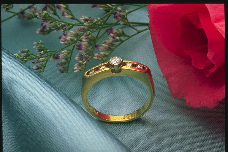 nakit -ukras ili umetnost B-504092
