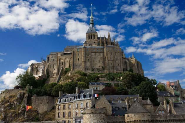 Najlepše crkve i katedrale  - Page 3 Mont-St-Michel2