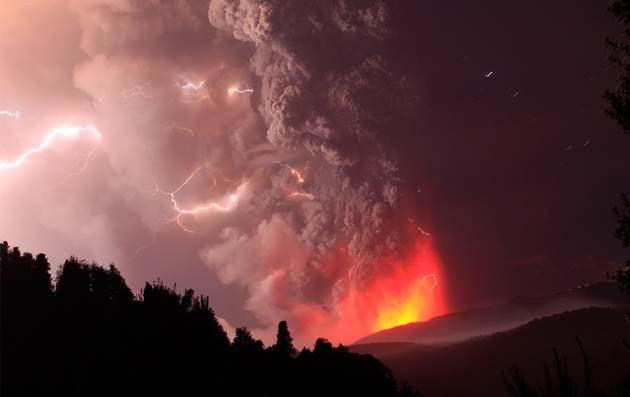 Vulkani - Page 2 Erupcija-vulkana