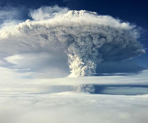 Vulkani - Page 2 Erupcija-vulkana3