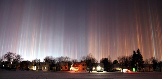 Najzanimljiviji prirodni fenomeni - Page 6 Svjetlosni-Stubovi