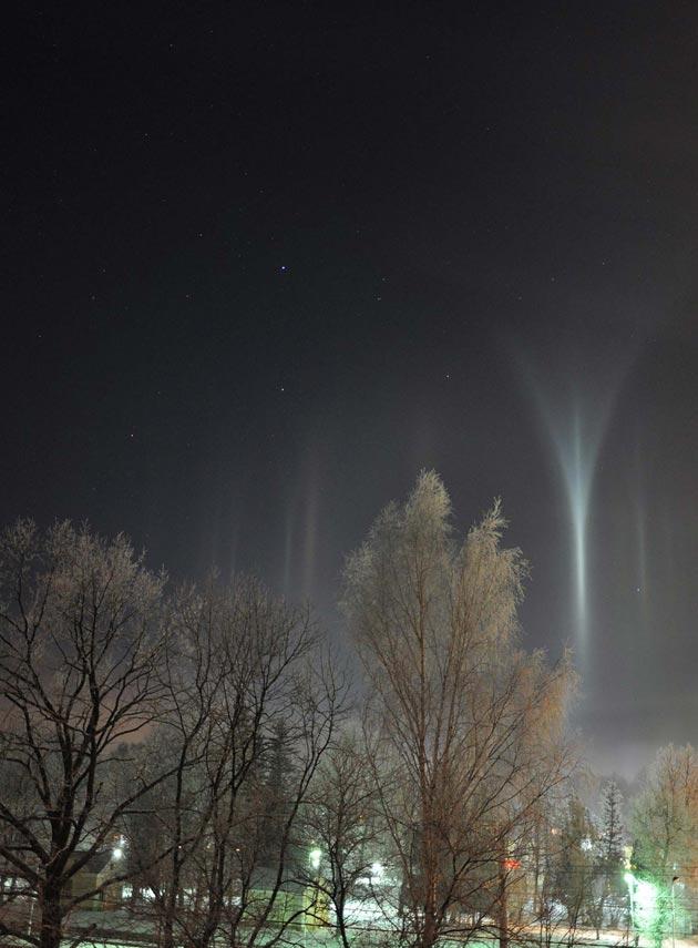 Najzanimljiviji prirodni fenomeni - Page 6 Svjetlosni-Stubovi2