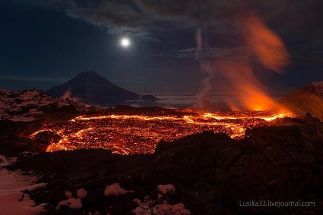 Vulkani - Page 3 Plosky-Tolbachik-vulkan5