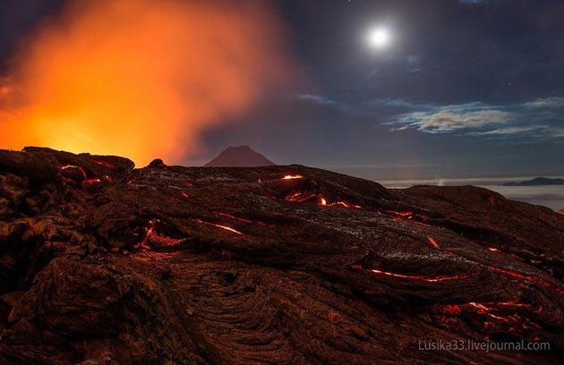 Vulkani - Page 3 Plosky-Tolbachik-vulkan7