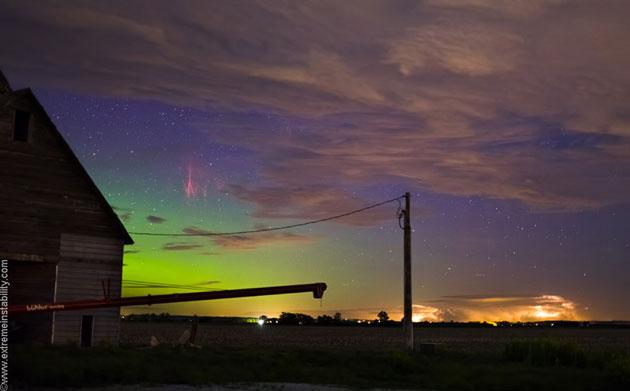 Najzanimljiviji prirodni fenomeni - Page 2 Crvena-aurora1