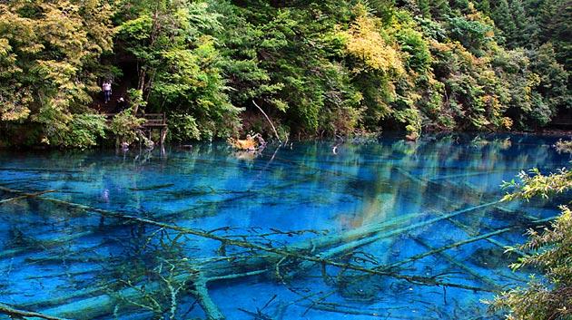Najlepši nacionalni parkovi sveta Jezero-pet-cvjetova-5