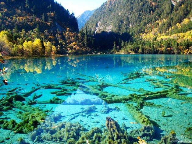 Najlepši nacionalni parkovi sveta Jezero-pet-cvjetova-8