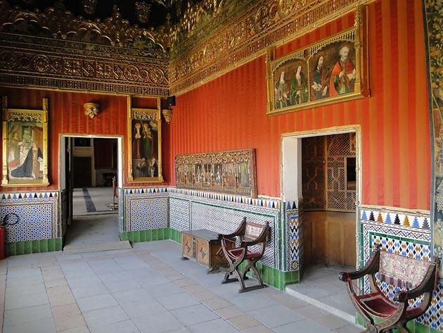 Dvorci koje verovatno nikada nećete posedovati - Page 3 Alcazar-de-Segovia-13
