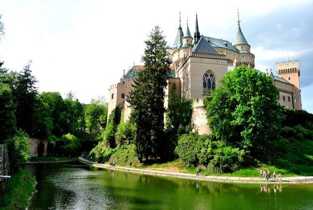 Dvorci koje verovatno nikada nećete posedovati - Page 4 Bojnjicki-dovrac-4