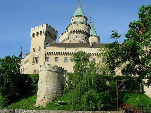 Dvorci koje verovatno nikada nećete posedovati - Page 4 Bojnjicki-dovrac-5