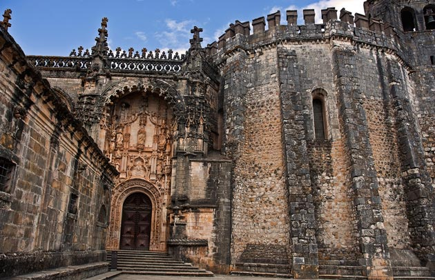 Dvorci koje verovatno nikada nećete posedovati - Page 4 Convento-de-Cristo-1a