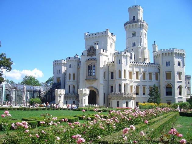 Dvorci koje verovatno nikada nećete posedovati - Page 3 Hluboka-4