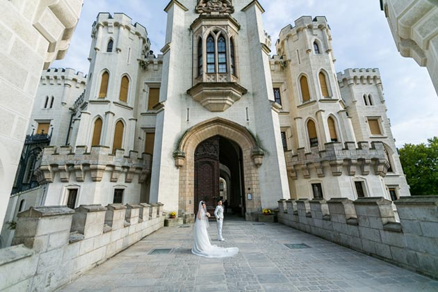 Dvorci koje verovatno nikada nećete posedovati - Page 3 Hluboka-5