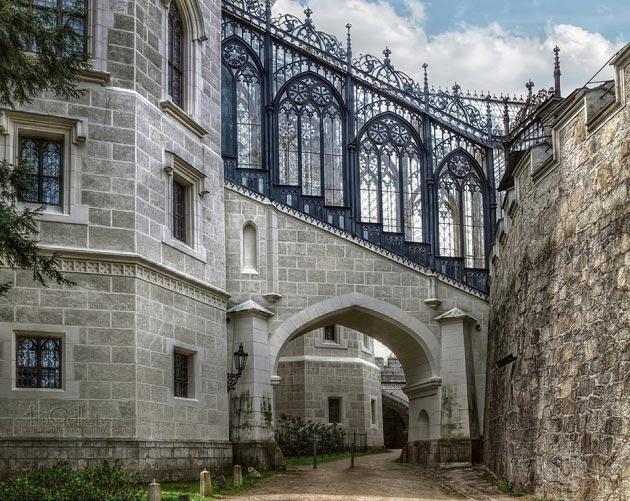 Dvorci koje verovatno nikada nećete posedovati - Page 3 Hluboka-9