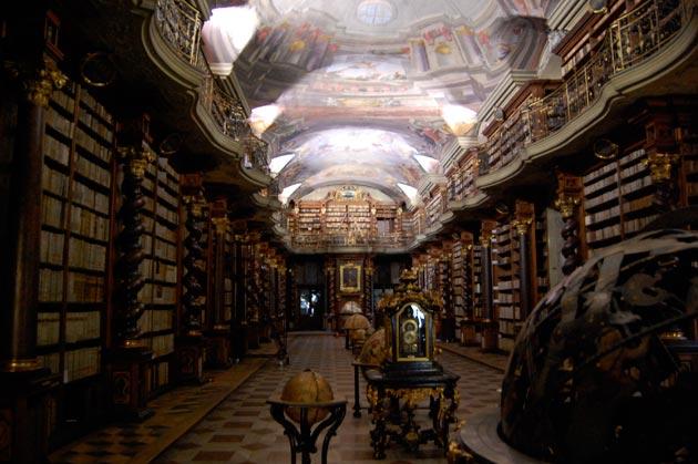 Najlepše biblioteke na svetu - Page 3 Klementinum-biblioteka-6
