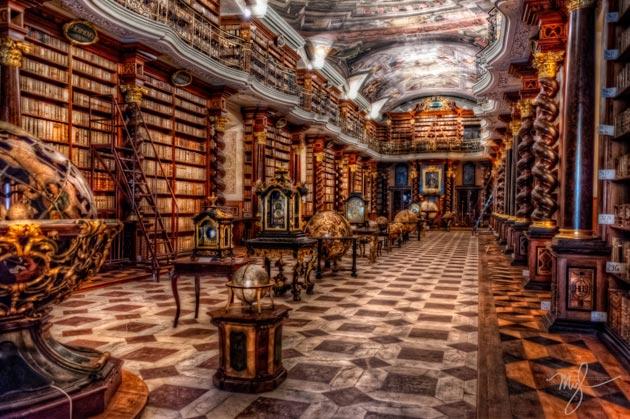 Najlepše biblioteke na svetu - Page 3 Klementinum-biblioteka-8