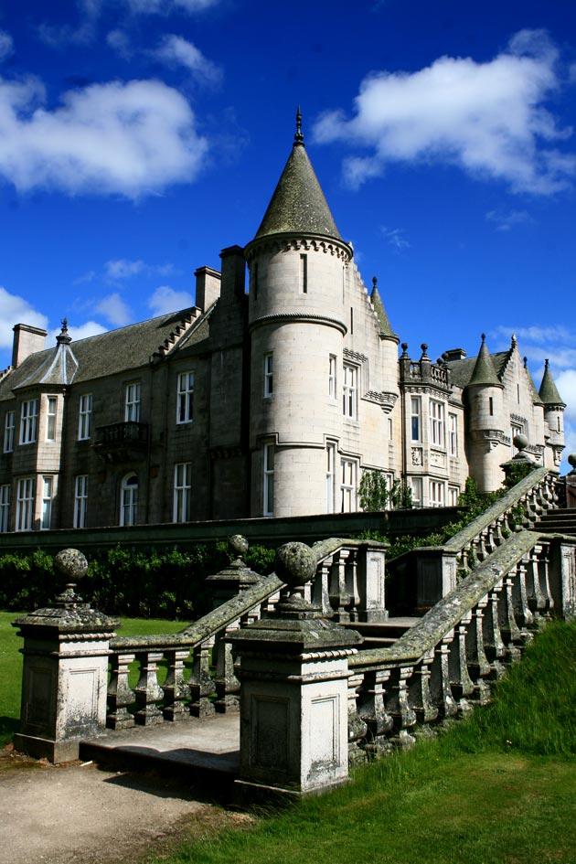 Dvorci koje verovatno nikada nećete posedovati - Page 3 Balmoral-3