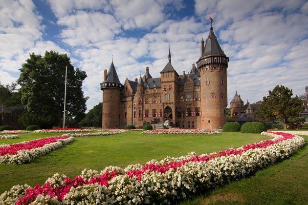 Dvorci koje verovatno nikada nećete posedovati - Page 3 Kasteel-de-Haar-2