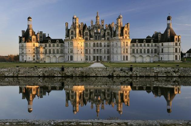 Dvorci koje verovatno nikada nećete posedovati - Page 3 Dvorac-Chambord-1