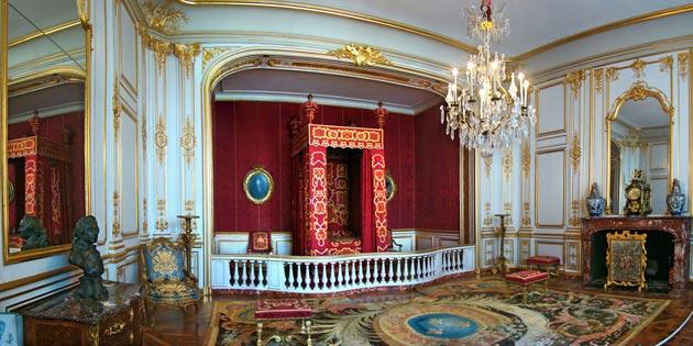 Dvorci koje verovatno nikada nećete posedovati - Page 3 Dvorac-Chambord-6