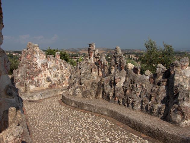 Vrt 'seoskog luđaka', Sicilija Il-Castello-Incantato-2