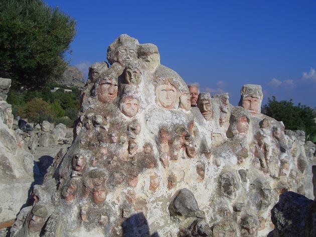 Vrt 'seoskog luđaka', Sicilija Il-Castello-Incantato-3