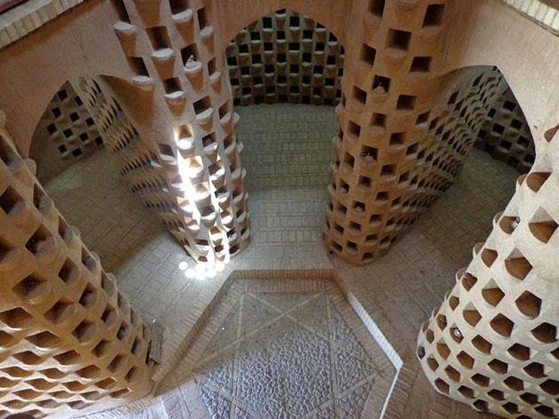 Tradicionalne kuće , jedinstvena gradnja  Kule-za-golubove-1