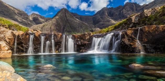 Škotska - Page 2 Fairy-Pools-630x310