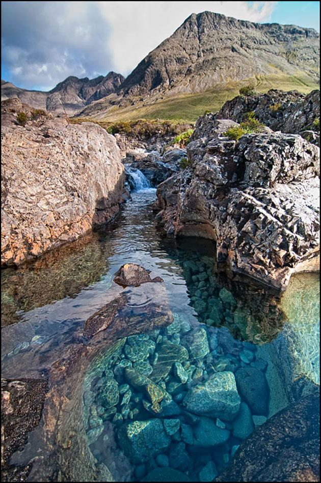 Škotska - Page 2 Fairy-Pools-7