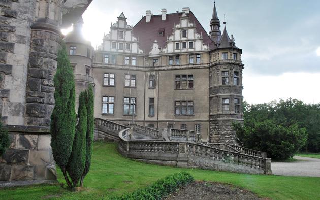Dvorci koje verovatno nikada nećete posedovati - Page 4 Dvorac-Moszna-6