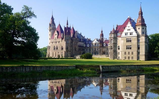 Dvorci koje verovatno nikada nećete posedovati - Page 4 Dvorac-Moszna-9