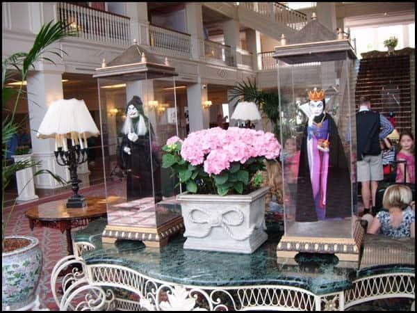 Les Marionnettes Disney de Bob Baker Disneyland-paris-hotel7